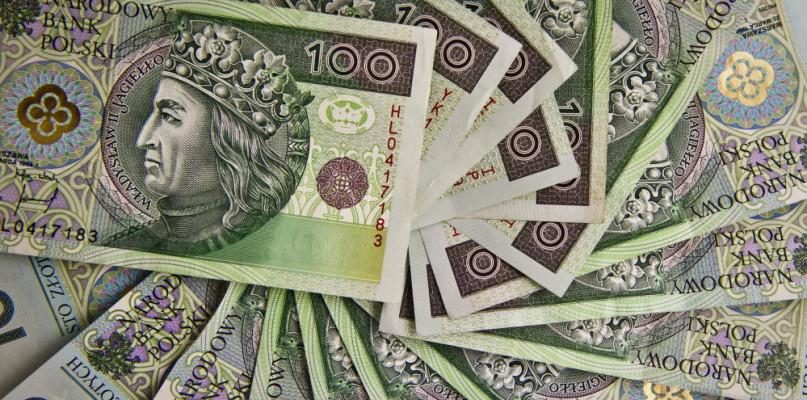 BIK: wartość zadłużenia Polaków w kredytach hipotecznych przekroczyła 500 mld zł